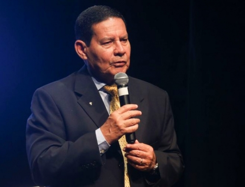 Gen. Mourão, na Fiesp, fala  a 700 empresas e entidades