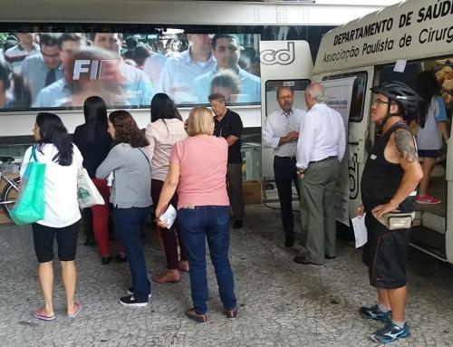 20/4: ABCD/APCD atendem 406 pessoas  em ação preventiva de câncer bucal, na Av.Paulista